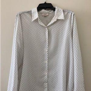 Long sleeved collard polka dot women's button up